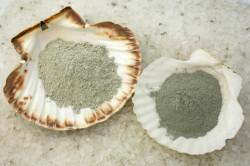 Соляной скраб для волос с голубой глиной