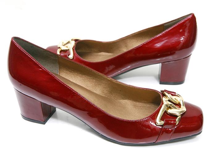 fc2fac8d0 Проблема женской обуви больших размеров